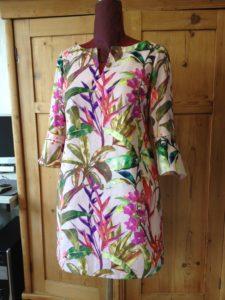 Kleid maßgeschneidert